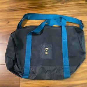 Lululemon 2016 Seawheeze Entry Duffle Bag